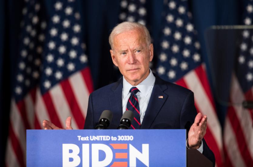 Biden insta a prohibir fusiles de asalto tras tiroteo que dejó 10 muertos en Colorado