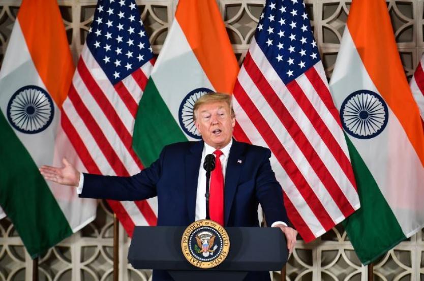 India y EE.UU. firman acuerdos mientras la violencia en Delhi deja varios muertos