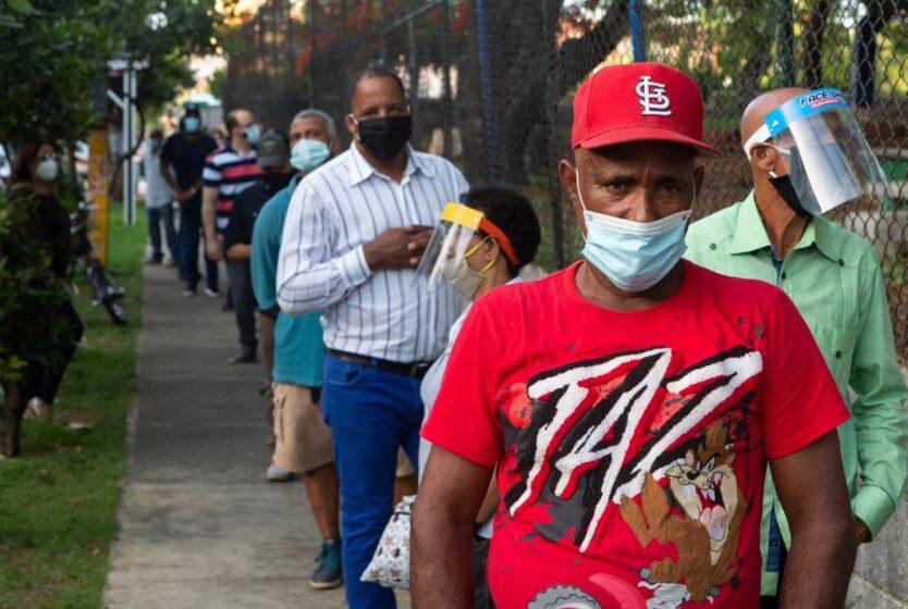 OMS admite la posible transmisión aérea del coronavirus en ciertas condiciones