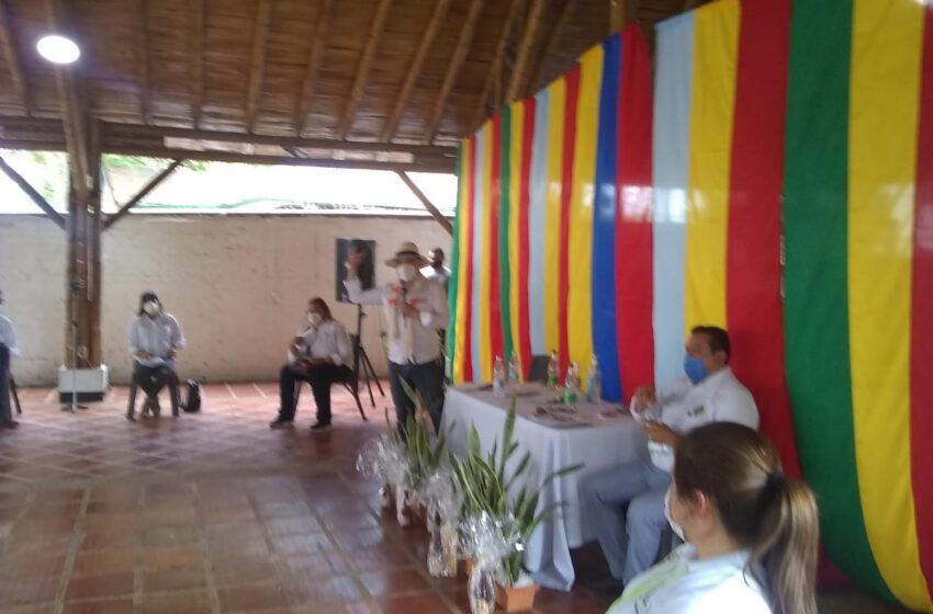 El Gobernador Nicolás García y su visita a Villeta