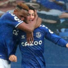 Con buena actuación de James Rodriguez , Everton empato de local con el Liverpool, con marcador 2-2.
