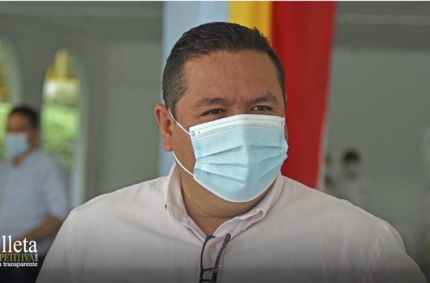 Fredy Hernández, Alcalde de Villeta con buenas noticias para el municipio.