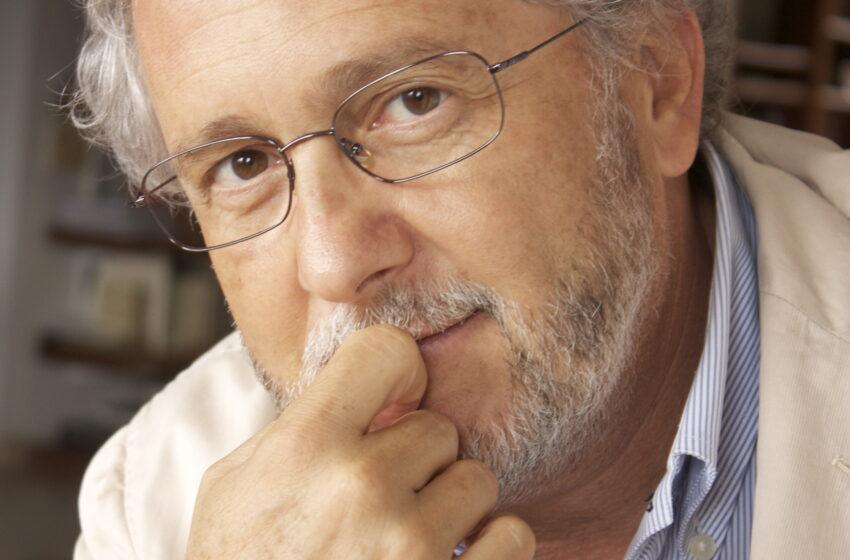Héctor Abad Faciolince, sus obras y la importancia de inducir a los jóvenes y niños a la lectura.